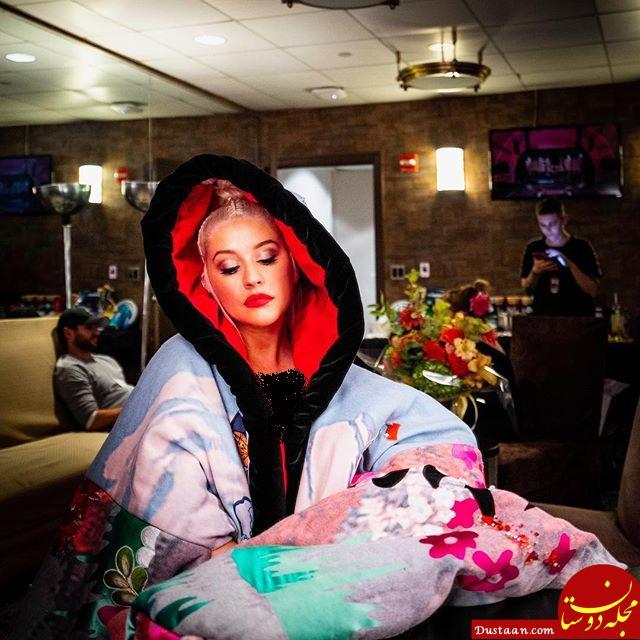 www.dustaan.com جنجال حضور خانم بازیگر با لباس خواب در رستوران +عکس