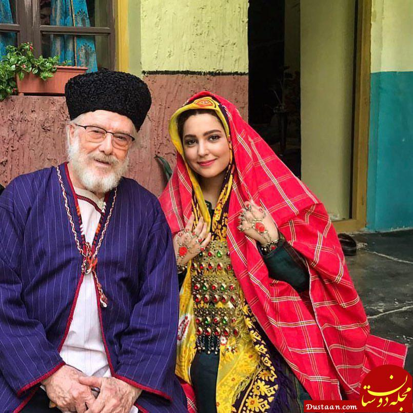 www.dustaan.com عکس دیدنی مهسا هاشمی و منوچهر آذر در پشت صحنه سریال نقابها
