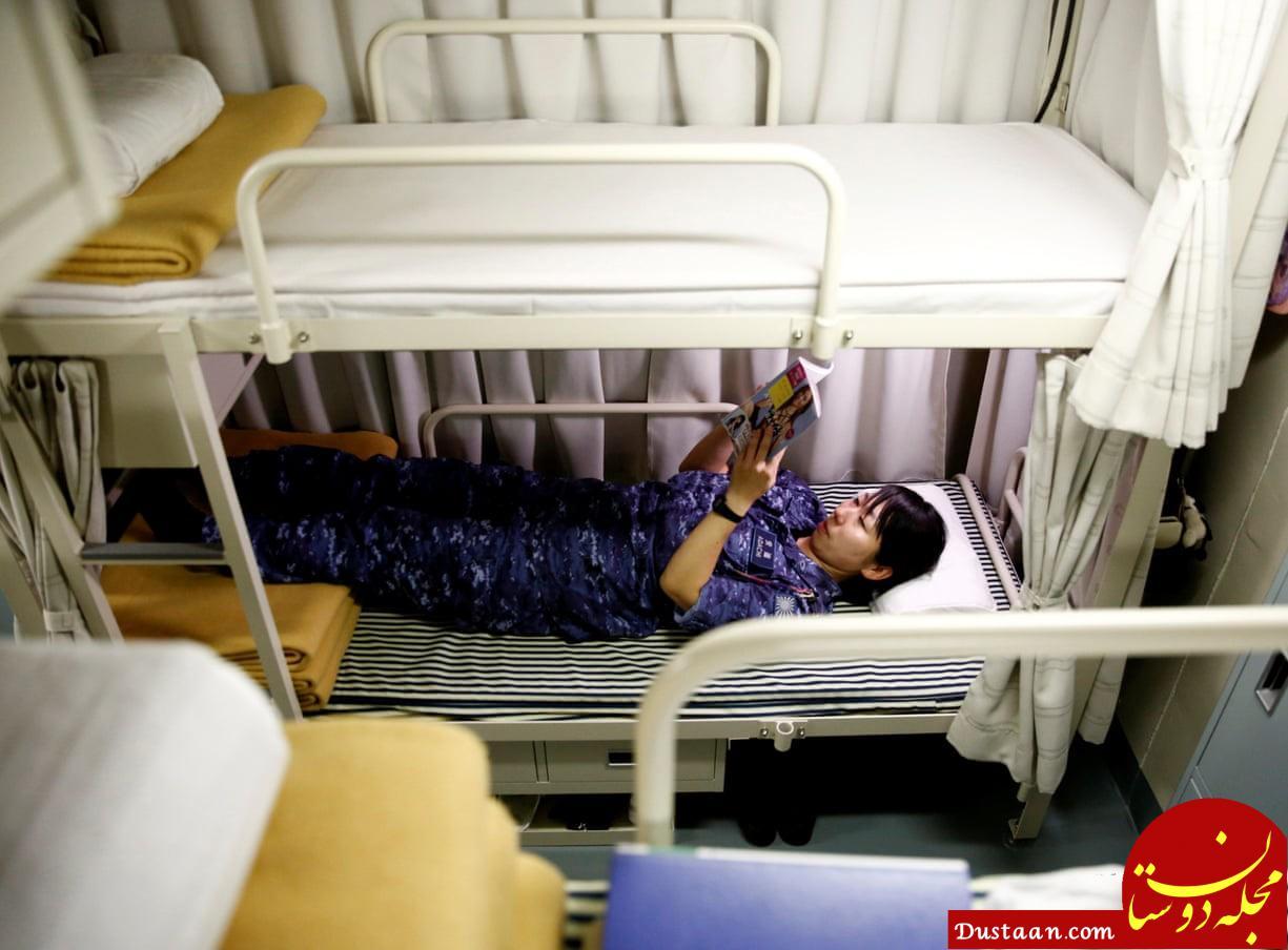 www.dustaan.com حضور ملوانان زن در بزرگ ترین ناو جنگی ژاپن +تصاویر