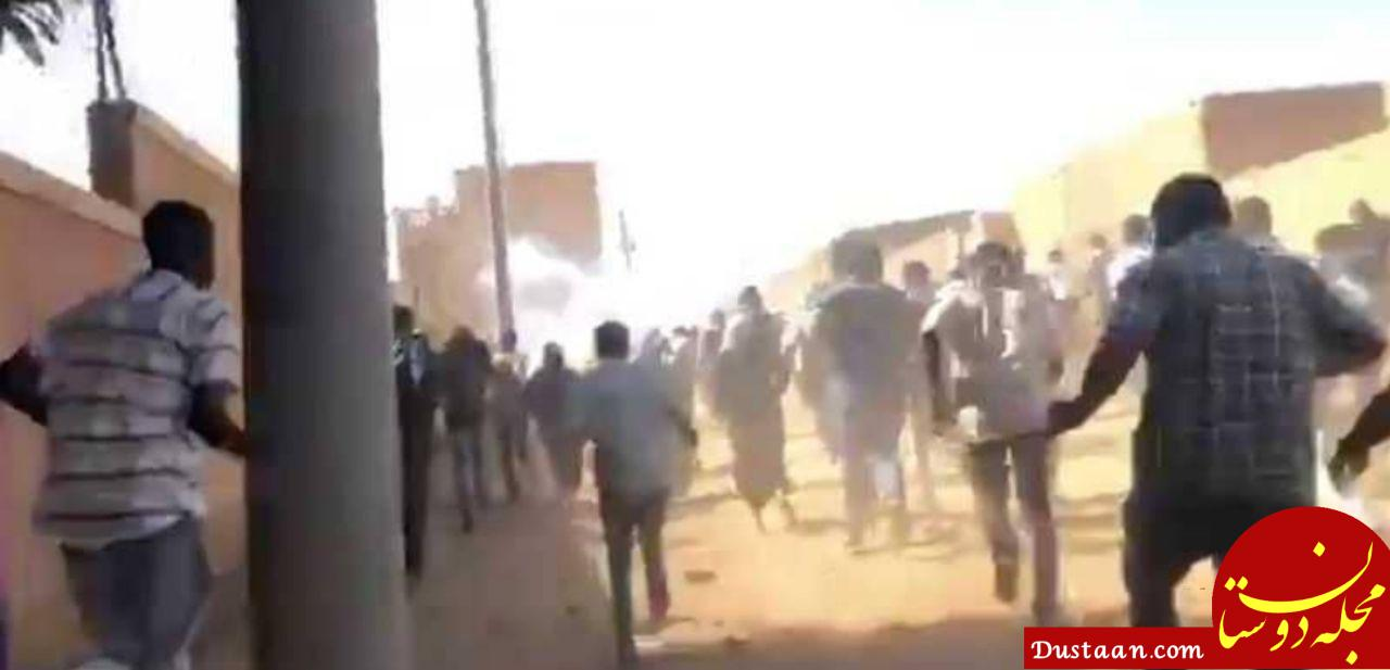 www.dustaan.com سودان؛ ۳ کشته در شلیک پلیس به سمت تظاهرات مخالفان عمرالبشیر