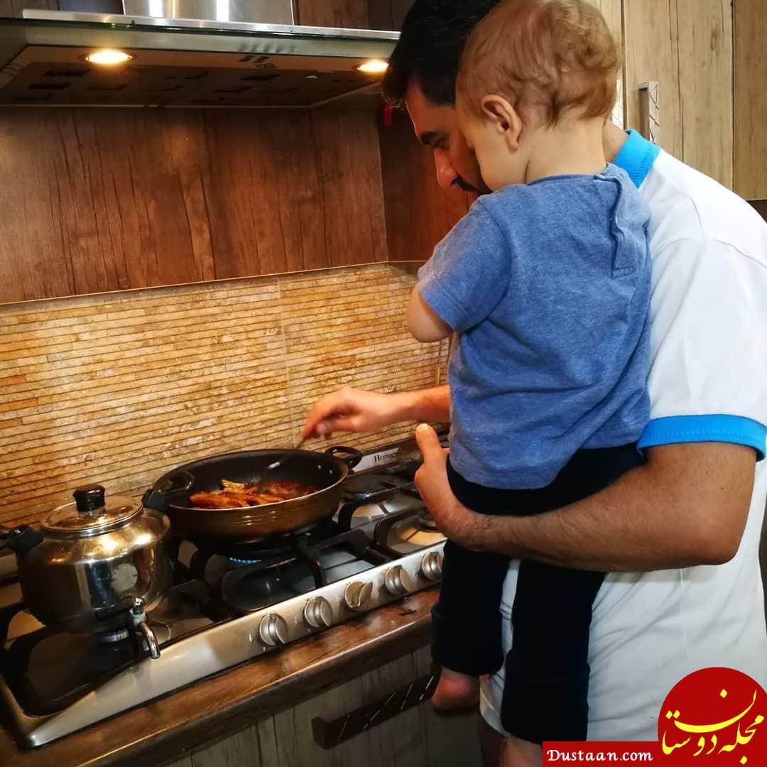 آشپزی کردن وزیر ارتباطات برای خانواده اش +عکس