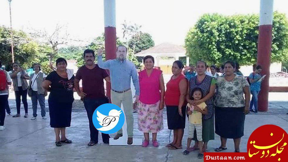 www.dustaan.com شهردار مکزیکی عکس مقوایی خود را برای حضور در مراسمهای مختلف ساخت