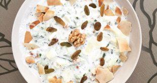 آب دوغ خیار با کشمش و گردو ، بهترین غذا برای روزهای گرم تابستان!