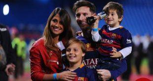 مسی در بارسلونا ماندنی شد