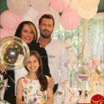 پژمان بازغی و همسرش در جشن تولد۱۰سالگی دخترشان نفس