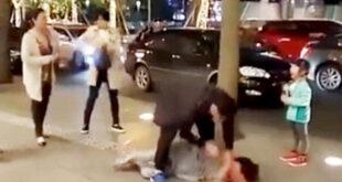 مردی که همسر خود را در خیابان مورد ضرب و شتم قرار داد با دخالت مردم و اطلاع دادن به پلیس بازداشت شد.    ا...