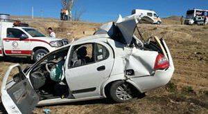 سخنگوی سازمان امداد و نجات هلال احمر از جان باختن ۳ سرنشین تیبا زیر چرخهای کامیون خبر داد.    از تصادف و...