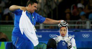 تصویر جالب توجه رویترز از مبارزه کیمیا علیزاده تکواندوکار ۱۸ ساله ایرانی که در المپیک ریو موفق به دریافت برن...