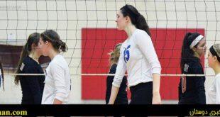 دانا رتکه با ۲۰۷ سانتی متر قد، ستاره نوجوان والیبال دخترانِ ایلینوی یکی از ایالتهای غرب میانه آمریکا است. ای...